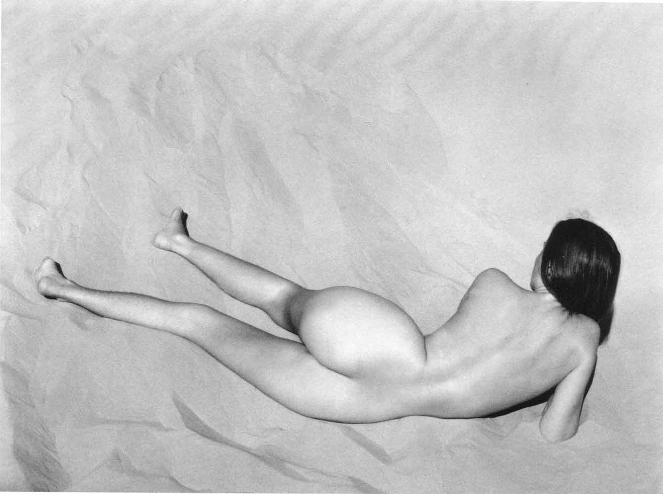Edward Weston, Nude. Oceano, 1936